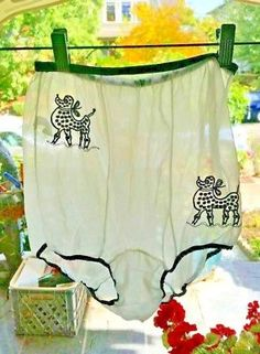 Vintage 1950s/60s Sheer Nylon Panties with Black poodle dogs High Waist size 6
