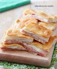 Focaccia Pizza, Bread Pizza, Mozzarella, Muffins, Xmas Dinner, Antipasto, Food Inspiration, Salad Recipes, Prosciutto Cotto