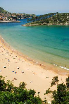 Lekeitio, espectaculares playas y monumentalidad