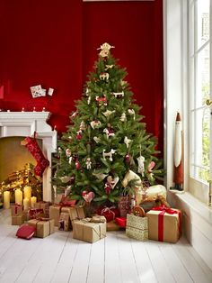 Deck the halls - decorate your home this #Christmas with #johnlewis