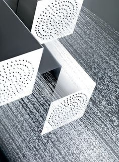 Segni shower head by Gessi _