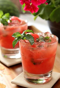 Watermelon Mint Mojitos | @CreativCulinary
