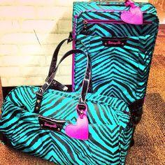 Wishlist:: Turquoise Pink Zebra Print Luggage Baggage <3 Travel Justgirlythings