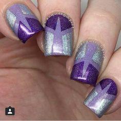 Nail art grey & purple