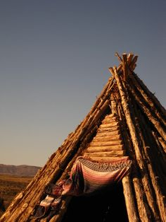Sleep in one of these, out in the prairies, under the stars of the Western sky Native American Proverb, Native American Indians, Native Americans, Wood Teepee, Travel Around The World, Around The Worlds, Rocky Creek, Small Tiny House, Teepees
