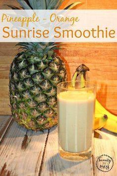 Pineapple-Orange {Dairy Free} Sunrise Smoothie. Like sunshine in your cup. #SkinnyGutShake #ad