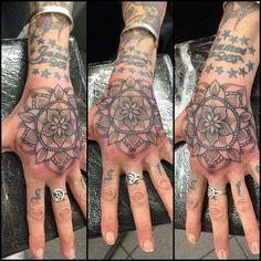 #mandala #handtattoo #tattoo #art #tattoosbymarkrichards #bolton #thinktattoo