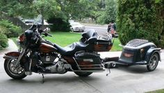 This is how we used to roll on down to sturgis, loved it....Harley Davidson 2006 Ultra Classic