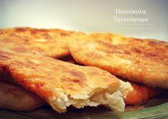 Πανεύκολα και γρήγορα, τραγανά και πεντανόστιμα, ζεστά τηγανόψωμα! Κλασικά ή δοκιμάστε τα με τα αγαπημένα σας υλικά!