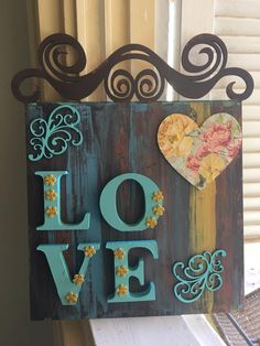 Diy Crafts For Adults, Crafts To Make, Home Crafts, Arte Pallet, Name Plate Design, Chalk Crafts, Chicken Crafts, Wooden Cutouts, Diy Wood Projects