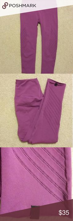 Lululemon Pants Lululemon beautiful bright orchid pants. Length is mid-calf. Small pocket in the waistband. These are gently used and the tag in the waistband has been cut out for comfort, but the small black tag on the bottom of the leg bears the Lululemon symbol for authentication. In otherwise great condition. Priced accordingly. These are great pants! lululemon athletica Pants