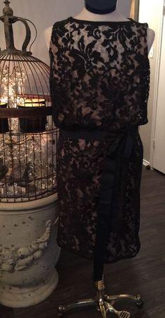 fd122b48aff95 TADASHI SHOJI Women s Size 14 DRAPED Lace Shift Textured ~ BLACK   NUDE  3k918m