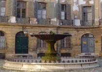 Et si vous passiez quelques jours à Aix En provence ? C'est l'hiver en France, mais la douceur du sud est tellement agréable....