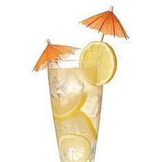 Lemonade with an orange umbrella Vodka Cocktails, Easy Cocktails, Summer Cocktails, Champagne Cocktail, Beverages, Drinks, 2 Ingredients, Lemonade, Phone Mount