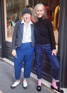 Mature Fashion, Over 50 Womens Fashion, Fashion Over 40, Cooler Look, Casual Outfits, Fashion Outfits, Advanced Style, Mode Inspiration, Street Style