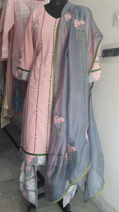 Colors & Crafts Boutique™ offers unique apparel and jewelry to women who value versatility, style and comfort. For inquiries: Call/Text/Whatsapp Pakistani Dress Design, Pakistani Dresses, Casual Work Outfits, Chic Outfits, Indian Wear, Indian Suits, Punjabi Suits, Trendy Suits, Suits For Women