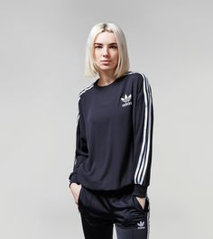 adidas Originals 3 Stripes Sweatshirt - find out more on our site. Find the freshest in trainers and clothing online now.