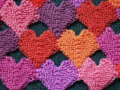 DOMINO KNITTING IN NEW DIMENSIONS (6 HOURS) TAUGHT BY KATRINE WOHLLEBE