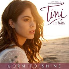 También en Inglés!  My first single from #TiniElGranCambioDeVioletta is called #BornToShine, can't wait for you to hear it on 25 March!!! I can't waitttt!!!❤️❤️❤️❤️