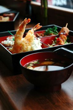 Tempura 天ぷら and miso soup. Delicious, and definitely good to help you warm up on a cold day.