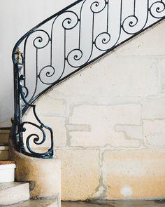 simple elegance   Paris