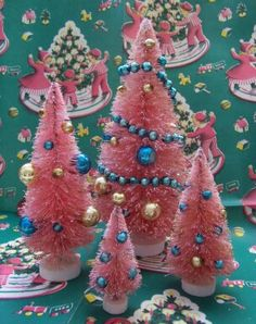 Pink and Turquoise ~ I want to remember this for my little silver tree at work.  Pink & Blue would be perfect there!