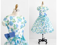 vintage 1950s dress / 50s dress / Blue and White by RococoVintage