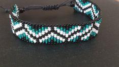 Handgeweven kralenarmbandje