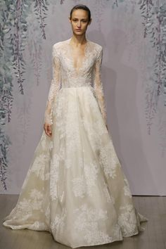 Charming Appliques Wedding Dresses Ivory Lace Beach Bridal Gowns 2016 A Line V Neck Long Sleeves Vintage Garden Chapel Sweep Train Custom Black And White Wedding Dresses Discount Wedding Dresses From Shengzhuoyin, $164.33| Dhgate.Com