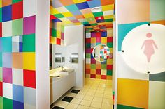 Cool loos you can use: Top 10 public toilets worth talking about: Chung Yo Department Store Bathrooms, Taichung City, Taiwan. Photo by Chung Yo Department Store. School Bathroom, Bathroom Kids, Kids Bath, City Bathrooms, Public Bathrooms, Kids Toilet, Small Toilet, Wc Public, Decoration Creche