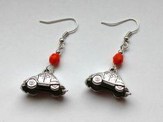 Kolczyki z samochodami - garbusami w Especially for You! http://pl.dawanda.com/shop/slicznieilirycznie #kolczyki #earrings #crystals #kryształki #handmade #DaWanda #volksvagen #garbusy #samochody