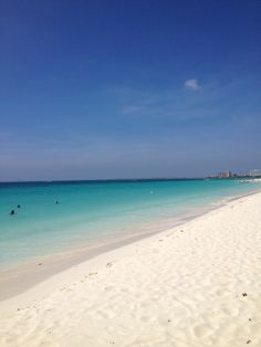Perfect Beach: White powder sands of Aruba
