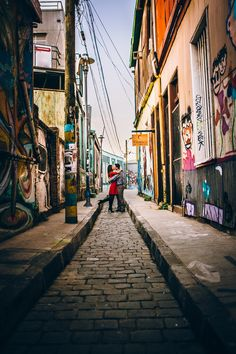 Pre Boda Diego y Maca - Valparaiso - Giov. Engagement Session, Patagonia, Tourism, Street View, Photoshoot, City, Perspective, Photography, Windows