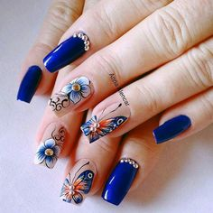 Taking the lead in everything fashion and beauty, nail trends out of Korean never fail to enchant us. This time, their eye-catching nail art designs are blowing up our soci… Nail Art Designs, Nail Design Spring, Korean Nail Art, Butterfly Nail Art, Stylish Nails, Beautiful Nail Art, Easy Nail Art, Nail Tutorials, Blue Nails
