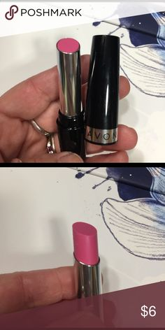 "***LOWEST PRICE***Avon lipstick---NEW AVON Ultra Color lipstick 💄 in ""petal pink"". NEW Avon Makeup Lipstick"