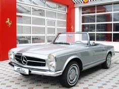 1969 Mercedes 280 SL Maintenance of old vehicles: the material for new cogs/casters/gears/pads could be cast polyamide which I (Cast polyamide) can produce