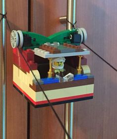 What kid does not like legos, pullies, and a machine that pulls the legos on their own? Students are sure to have a lot of fun with this project! science Simple Machines for Kids: LEGO Pulleys STEM Building Challenge - Frugal Fun For Boys and Girls
