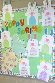 First Grade Blue Skies: Simple Bunny bulletin board!