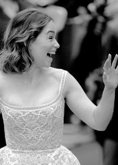 Adoring Emilia Clarke : Photo                                                                                                                                                      Más