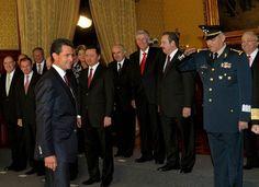 El Universal - Nación - Fuerzas Armadas saludan al presidente Peña