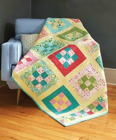 Cheerful Colors Are Lovely in This Easy Quilt - Quilting Digest Scrappy Quilts, Easy Quilts, Small Quilts, Quilting Tutorials, Quilting Projects, Quilting Designs, Quilting Ideas, Boys Quilt Patterns, Nine Patch Quilt