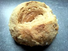 Pane semiintergale di farro e noci/ | Il giardino di pietra