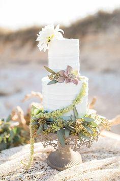 Elegant Mermaid Wedding inspiration   Bri Cibene Photography