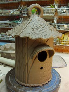 @Nicki Shores think you could whip this up?  I love birds and I am thinking this is necessary in my collection.