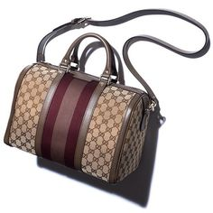 Super into the vintage Gucci bags.