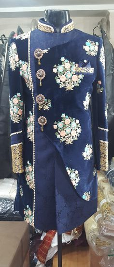New womens suit boys ideas Sherwani Groom, Mens Sherwani, Indian Men Fashion, Mens Fashion Wear, Royal Fashion, Trendy Clothes For Women, Suits For Women, Men Clothes, Mens Ethnic Wear