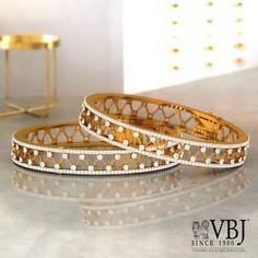 Bracelets – Page 33 – Finest Jewelry Plain Gold Bangles, Gold Bangles Design, Jewelry Design, Designer Bangles, Designer Jewelry, Black Diamond Bracelet, Diamond Choker, Jewelery, Gold Jewelry
