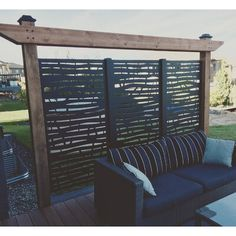 balcony privacy screen Creating your own private backyard oasis has never been easier with this 6 ft. H x 3 ft. W Branch Metal Privacy Screen. This privacy screen fits seamlessly Garden Privacy Screen, Privacy Fence Designs, Privacy Walls, Outdoor Privacy Screens, Balcony Privacy, Privacy Wall On Deck, Backyard Patio Designs, Yard Design, Diy Patio
