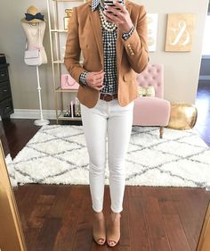 97 Best and Stylish Business Casual Work Outfit for Women – Biseyre Business casual outfits for women, minimalistic business casual capsule. Office fashion, Womens office clothes and office fashion trends. Office Outfits Women, Casual Work Outfits, Business Casual Outfits, Professional Outfits, Mode Outfits, Work Casual, Business Fashion, Work Attire, Casual Office