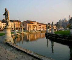 Andiamo alla scoperta della bellissima provincia di Padova insieme a Savina Confaloni e le troupe di Marcopolo. http://www.marcopolo.tv/nord/visitare-padova-veneto